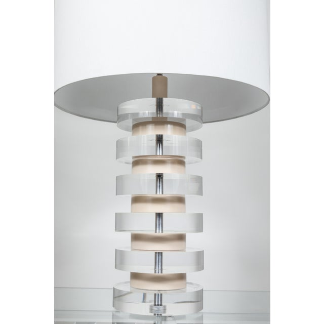 1980s Monumental Pair of Karl Springer Stacked Lucite Lamps For Sale - Image 5 of 9