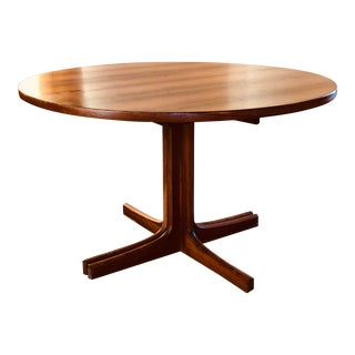 Danish Modern Rosewood Dining Table With Leaves For Sale
