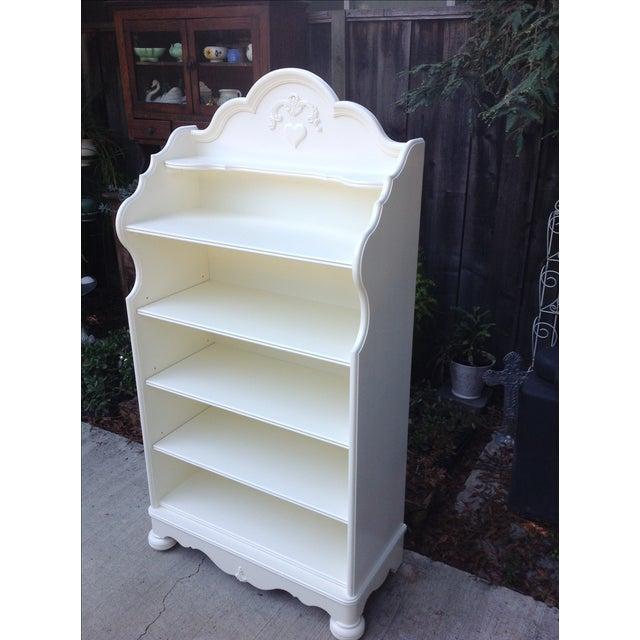Lexington White Painted Bookcase - Image 4 of 5