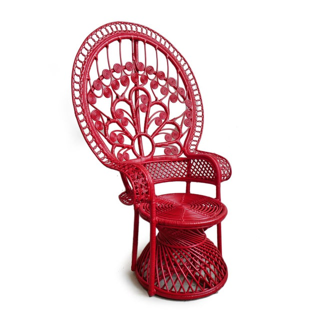 Vintage style classic tomato bunga wicker chair. Beautiful hand crafted natural wicker workmanship with a fun red painted...