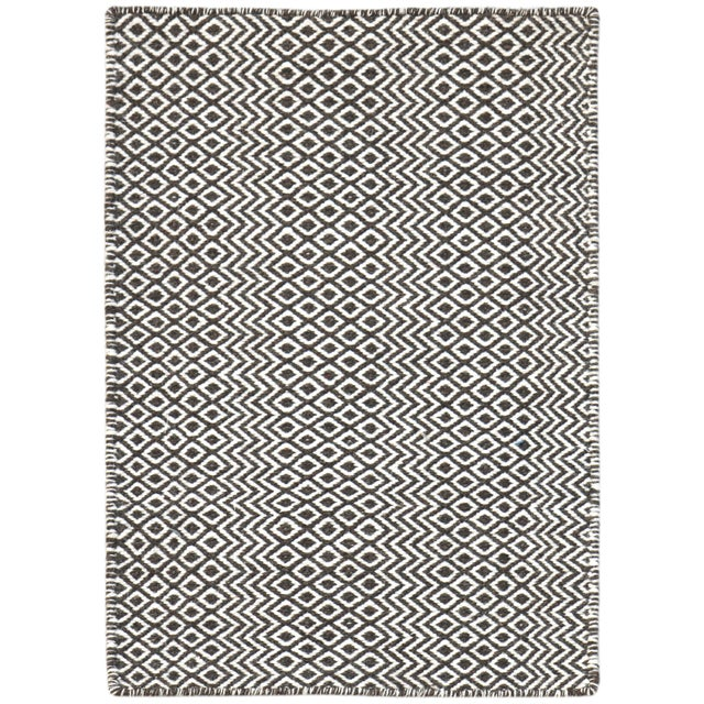 Bella Modern Chocolate Hand-Woven Rug 4'x6' For Sale - Image 4 of 4