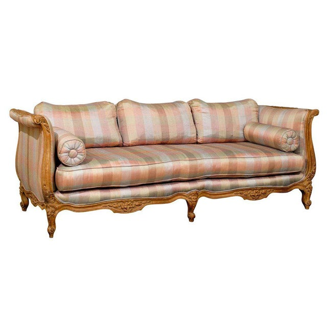 20th Century Louis XV Style Carved Wood Sofa or Daybed For Sale - Image 13 of 13