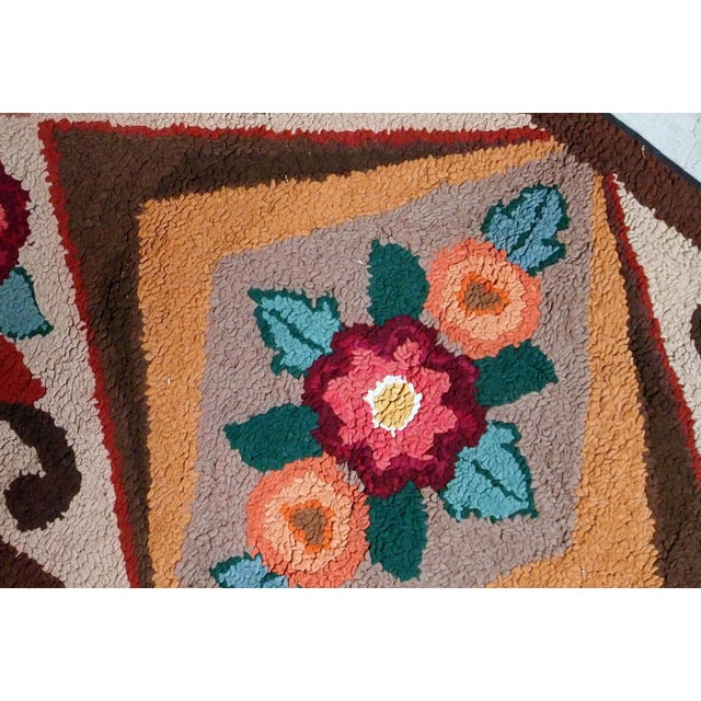 American 1930s Handmade Antique American Hooked Rug 2.6' X 4.6' For Sale - Image 3 of 9