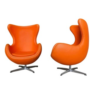 Mid-Century Modern Retro Space Age Arne Jacobsen Style Egg Chairs Pod Chairs - a Pair