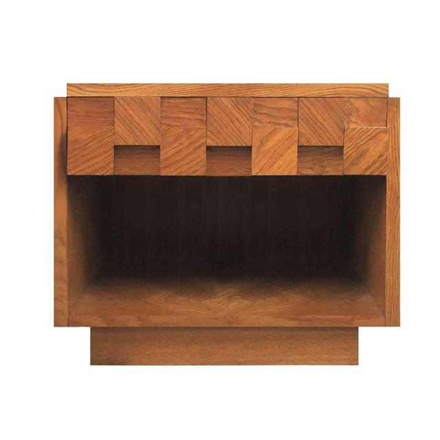 Paul Evans Mid Century Modern Lane Brutalist Oak Sculpted Walnut MCM Nightstand / End Table For Sale - Image 4 of 4