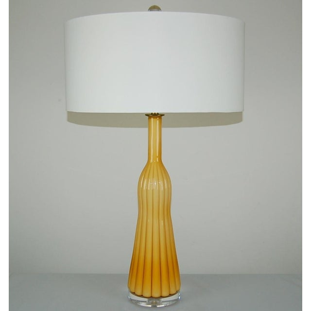 Italian Vintage Murano Glass Pleated Table Lamps in Butterscotch For Sale - Image 3 of 10