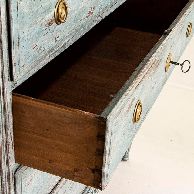 Early 19th Century Large Antique Blue Painted Chest of Drawers From Sweden For Sale - Image 5 of 13