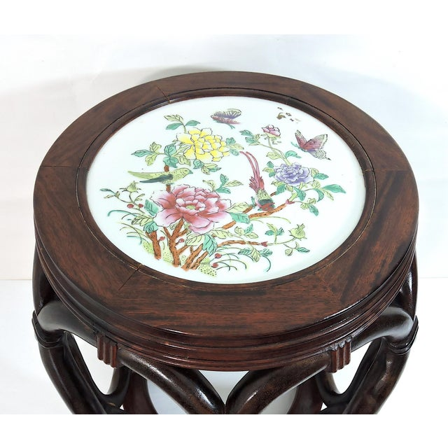 Mid 20th Century Vintage Chinese Rosewood Garden Stool / Side Table With Flower & Butterfly Porcelain Top For Sale - Image 5 of 8