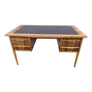 1950s Mid-Century Modern Homeworthy Writing Desk For Sale