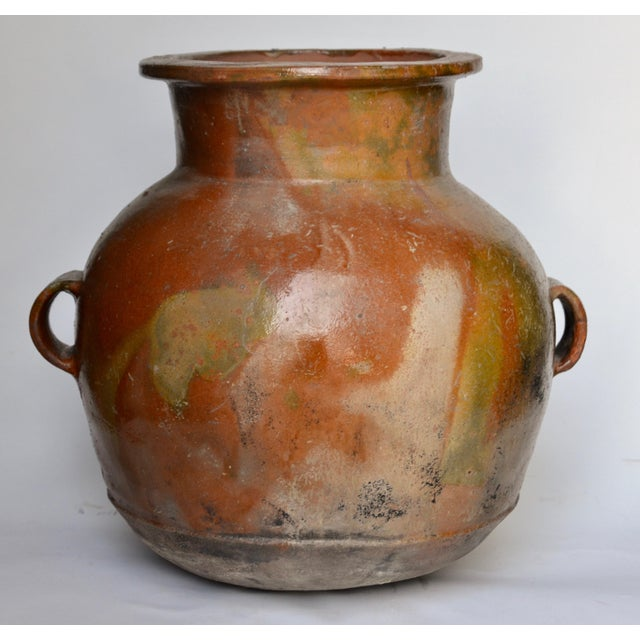 Antique Guatemalan Large Terracotta Water Container For Sale In Los Angeles - Image 6 of 6