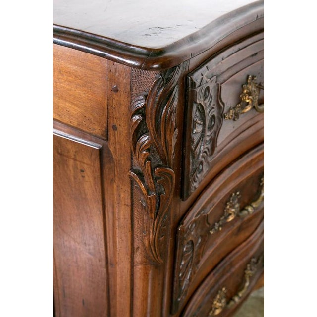 18th Century Regency Period Lyonnaise Commode Galbée For Sale In Birmingham - Image 6 of 10