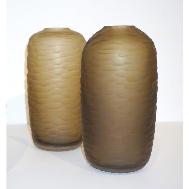 Salviati Vintage Italian Smoked Amber Gold Battuto Murano Art Glass Vases - Set of 4 For Sale In New York - Image 6 of 12