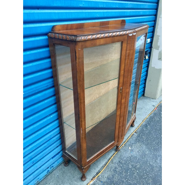 Belle Epoque 1940's French Provincial Display Cabinet For Sale - Image 3 of 11