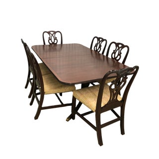 1930's Vintage Baker Furniture Dining Table & Chairs- Set of 7 For Sale