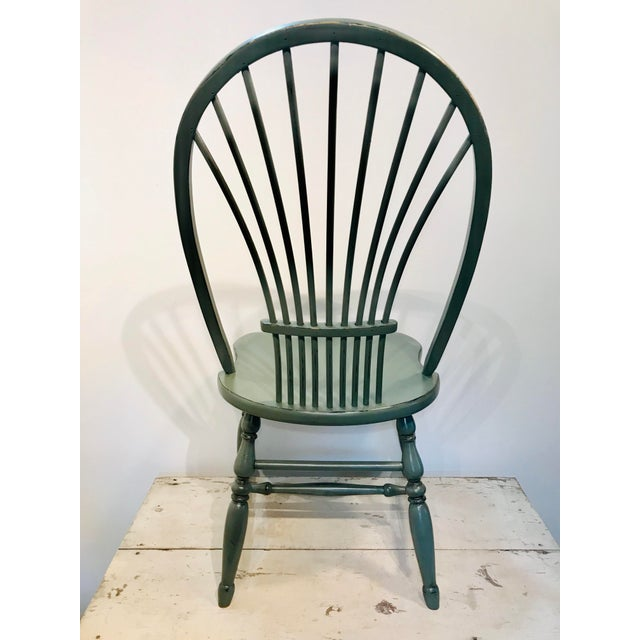 English Traditional 1970s Vintage Celedon Painted Windsor Chair For Sale - Image 3 of 7