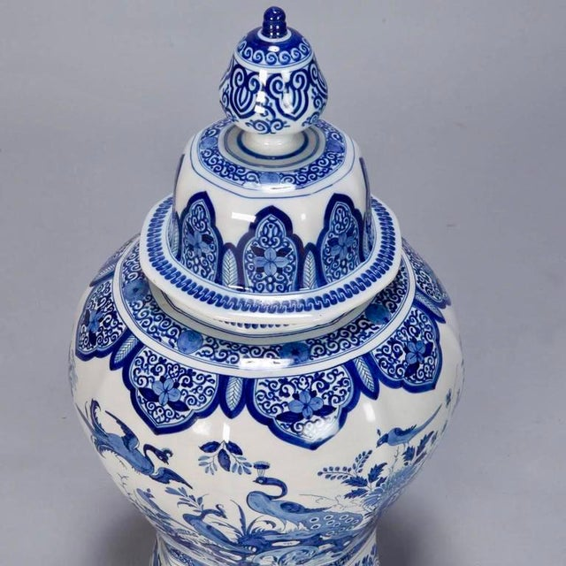Large Blue and White Chinese Ginger Jar or Dutch Vase with Lid For Sale In Detroit - Image 6 of 9