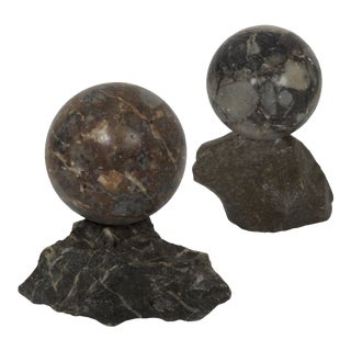19th Century Pair of Polished Marmo Marble Sphere Paperweights For Sale