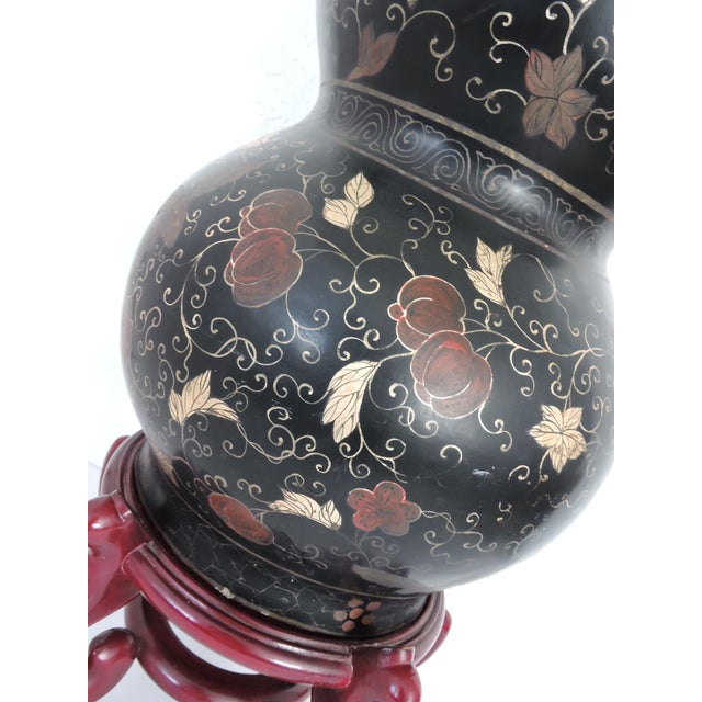 """Large Antique Black Lacquer Double Gourd Hand Decorated Chinese Vase 24"""" For Sale - Image 4 of 8"""