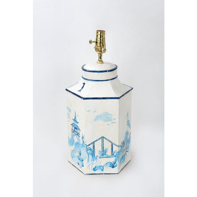 """Vintage Blue & White English Export Chinoiserie Tole Hexagon Tea Caddy Lamp """"#1"""" For Sale - Image 4 of 7"""