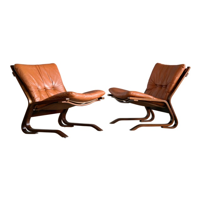 Pair of Mid-Century Norwegian Easy Chairs in Cognac Leather by Oddvin Rykken For Sale