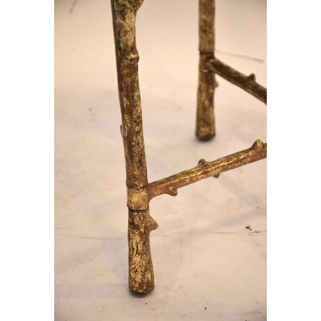 1980s Vintage Beveled Mirror Top Side Table For Sale In New York - Image 6 of 7