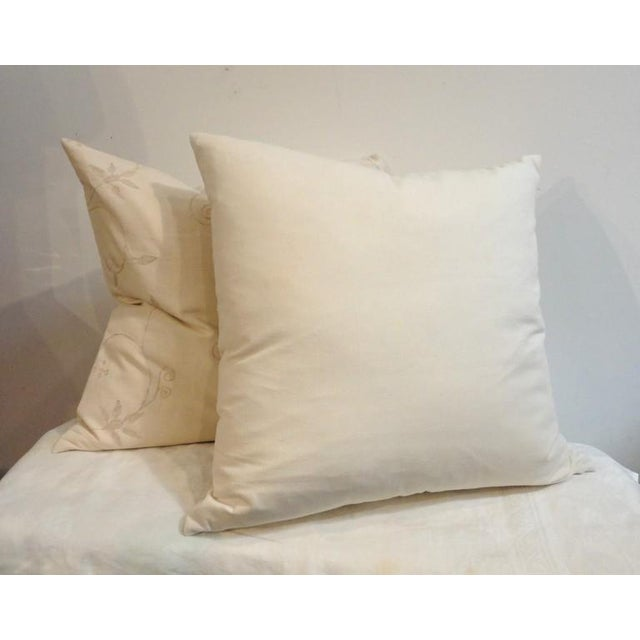 Pair of Amazing Cream Crewel Fabric Pillows with Linen Backing For Sale - Image 4 of 4