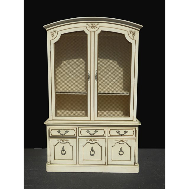 Thomasville French Country Carved Off-White Hutch