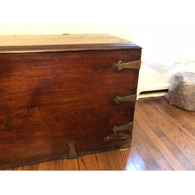 Late 18th Century Antique Sea-Man's Chest For Sale In Chicago - Image 6 of 12