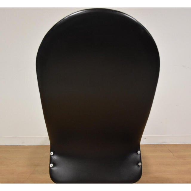 Verner Panton Black Leather Chaise Lounge For Sale - Image 10 of 11