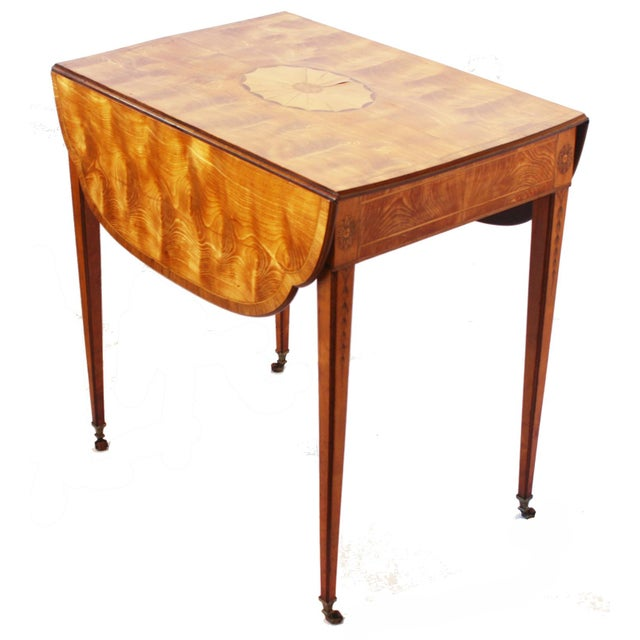 Spectacular George III Sheraton Pembroke Table For Sale - Image 5 of 6
