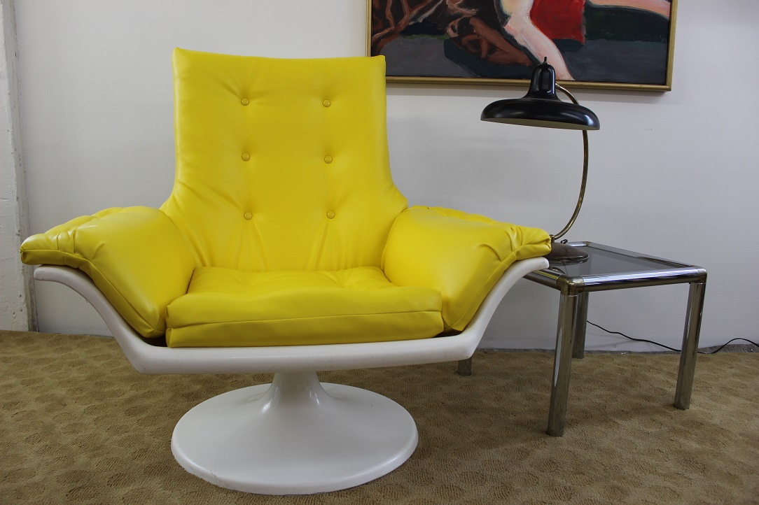 1970s Space Age Yellow Vinyl Chair   Image 8 Of 9