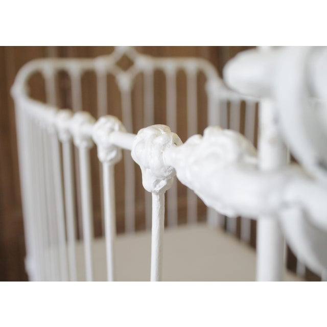 19th Century Shabby Chic Painted White Iron Crib Baby Bed For Sale In Los Angeles - Image 6 of 13