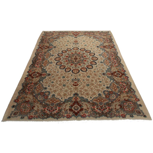 Antique Hand Knotted Wool Persian Kashar. Floral design. Great for any spot in your home or office! 10′3″ × 14′3″.