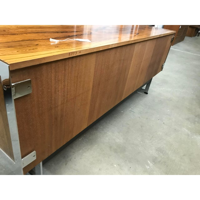 Mid-Century Modern Richard Young Merrow Assoc. Rosewood Chrome Credenza For Sale - Image 11 of 12
