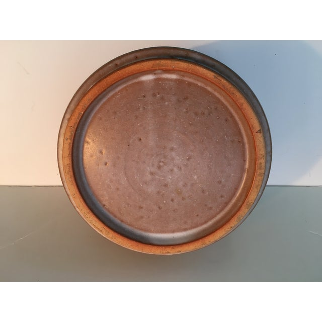Tan Japanese Art Deco Pottery Bowl For Sale - Image 8 of 9