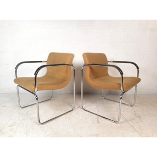 Pair of Vintage Modern Lounge Chairs Preview