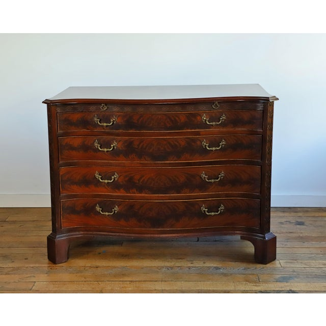 Early 20th Century John Stuart Serpentine Front Bachelor's Chest From Waldorf Astoria For Sale - Image 9 of 9