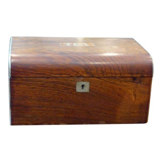19th Century English Traditional Rosewood Tea Box With Brass Inlay For Sale
