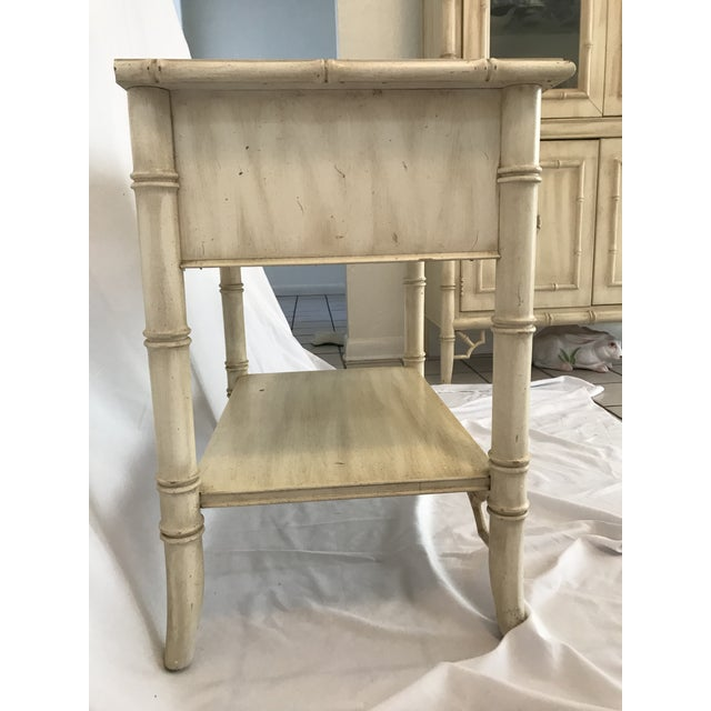 Chinoiserie Vintage Thomasville Chinoiserie Hollywood Regency Nightstand For Sale - Image 3 of 8