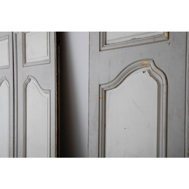 French 18th and 19th Century French Pair of Louis XV Double Doors in Original Paint For Sale - Image 3 of 12