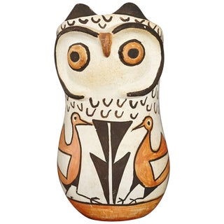Native American Acoma Polychromed Owl Jar by Frances Torivio, Circa 1960s For Sale