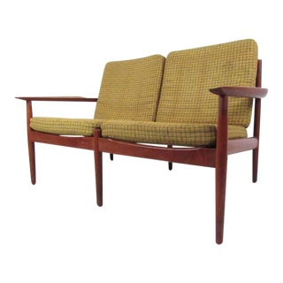Arne Vodder Vintage Modern Settee in Teak For Sale