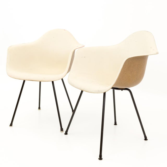 Mid-Century Modern Eames for Herman Miller Mid Century Molded Plastic X-Base Shell Chairs - a Pair For Sale - Image 3 of 11
