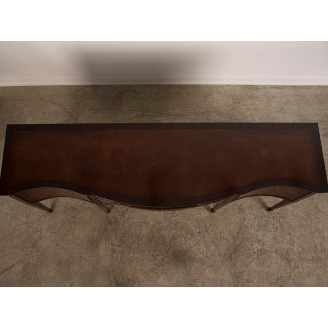 Brown Sheraton Style Serpentine Front English Mahogany Sideboard Crossbanded with Rosewood Made by Hand For Sale - Image 8 of 11