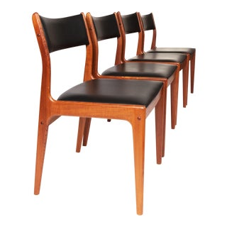Johannes Andersen Uldum Møbelfabrik Danish Teak Dining Chairs — Set of Four For Sale