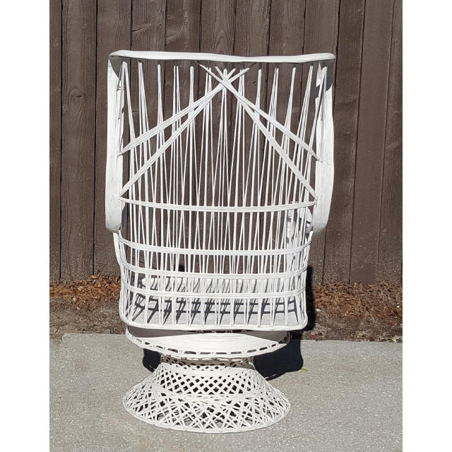 Mid-Century Modern Russell Woodard Fiberglass Spun Swivel Rocking Chair For Sale - Image 3 of 5
