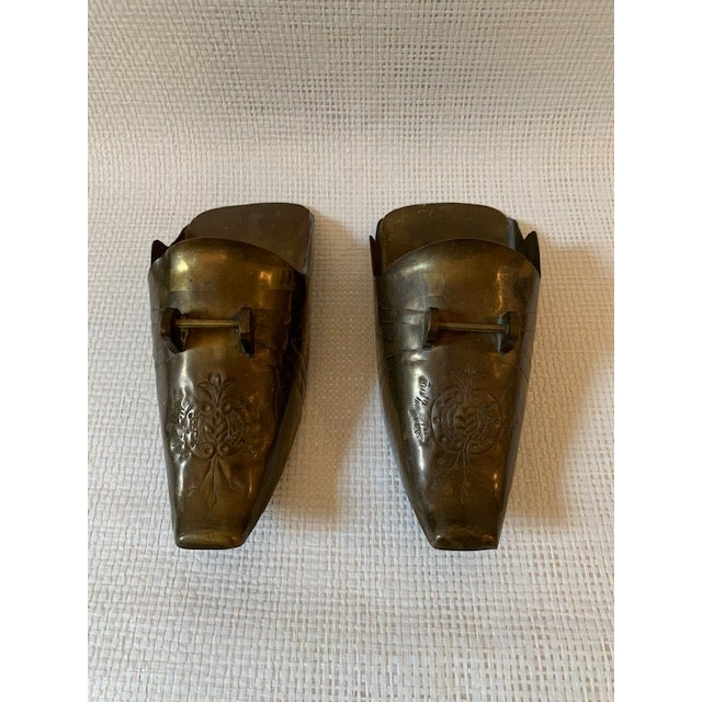 Lovely etched pair of Spanish Conquistador brass horse stirrup wall pockets. Great detail!