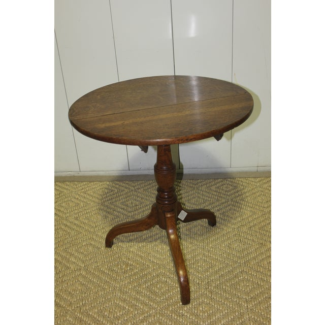 Wood Antique English Tradiitonal Tilt-Top Table in Oak For Sale - Image 7 of 7