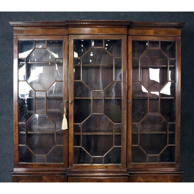 Baker Furniture Company Baker Georgian Style Flame Mahogany Breakfront For Sale - Image 4 of 10