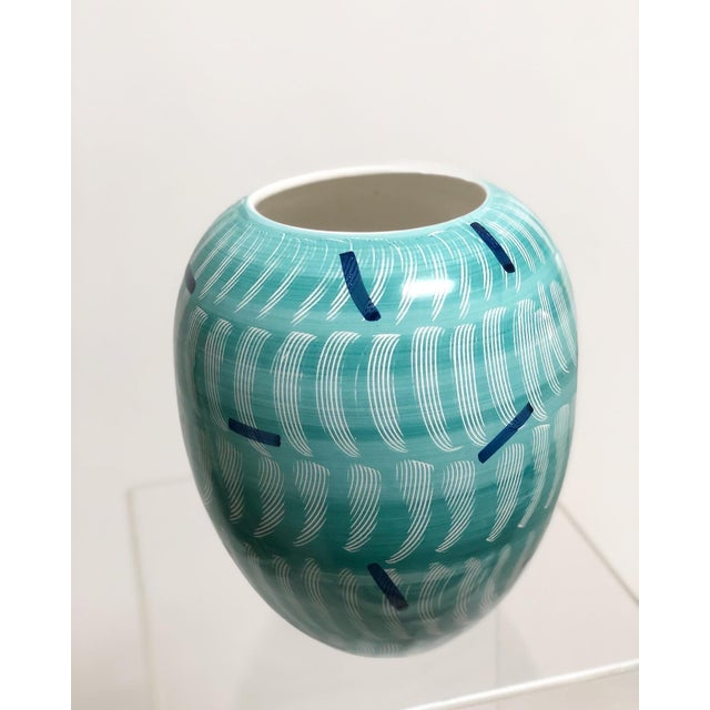 Awesome pop art ceramic vase in the Memphis style of the 80's. Sure to liven up any space with or without flowers!